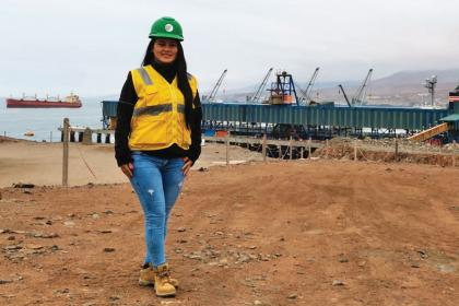 Peruvian port manager scales greater heights